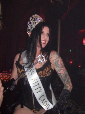 Charlottes Web Blog: Miss Hooker Beauty Pageant: Naked